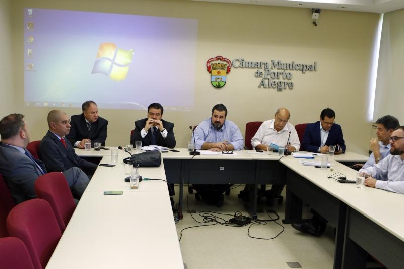 Parlamentares terão nove reuniões para estudar propostas do Executivo
