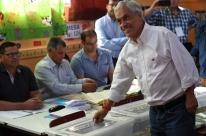 Favorito à Presidência, Piñera vota e diz 'precisar da unidade dos chilenos'