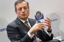 Ameaça à independência de BCs traz riscos, diz Mário Draghi