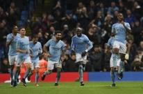 City ganha no fim e segue 100%; Napoli faz 3 a 0 no Shakhtar Donetsk e segue vivo