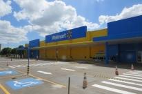 Walmart mudará formato de mais três lojas no Estado