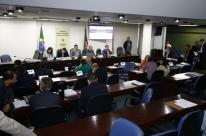 Parlamentares aprovam parecer favorável ao Orçamento 2018