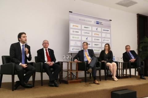 Representantes de parques tecnológicos do Estado discutem inovação