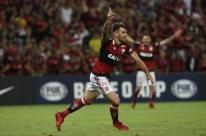 Flamengo vence de virada no Maracanã e leva vantagem para a volta na Colômbia
