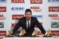 'É um prêmio de todo o time', diz Messi ao receber quarta Chuteira de Ouro