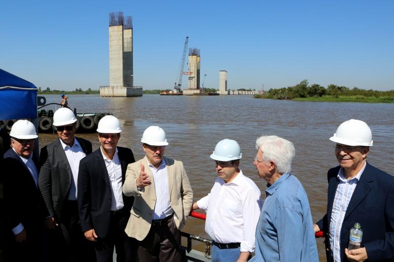 Ministros Maurício Quintella, Eliseu Padilha e Moreira Franco visitaram a obra nesta manhã