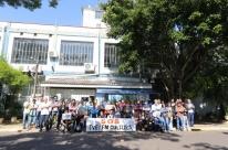 Governo inicia demissão de servidores em fundações