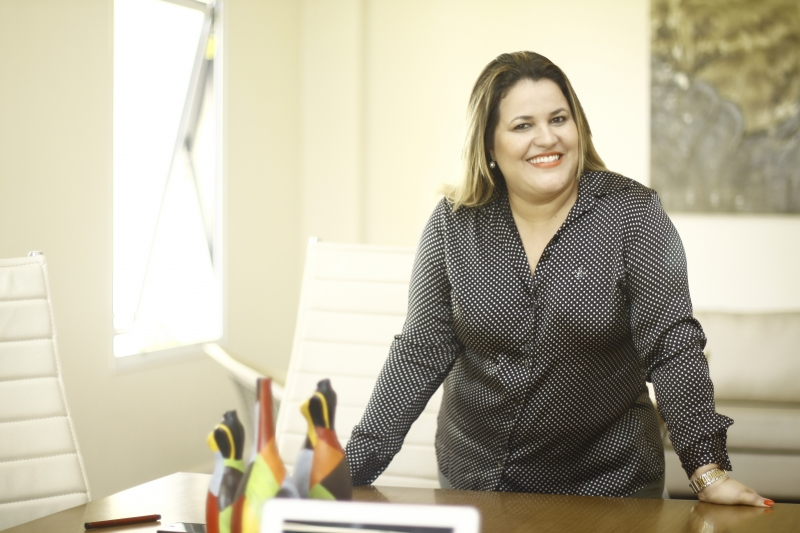 Claudia Regina Araujo dos Santos é coach executiva, gestão de pessoas e diretora da Emovere You