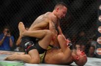 José Aldo é novamente derrotado por Max Holloway e fica sem o cinturão