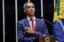 Romário apresenta projeto de lei que proíbe a punição a manifestação política no esporte