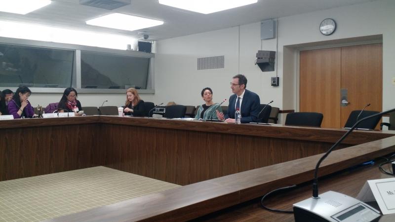 Scott Ticknor, representante do Bureau de Economia do Departamento de Estados dos Estados Unidos, falou à comitiva de jornalistas estrangeiros