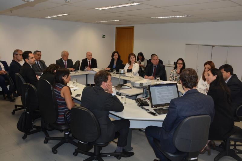 Representantes do governo gaúcho reuniram-se ontem, em Brasília, com a ministra Grace Mendonça