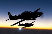 Embraer avança entre empresas de defesa