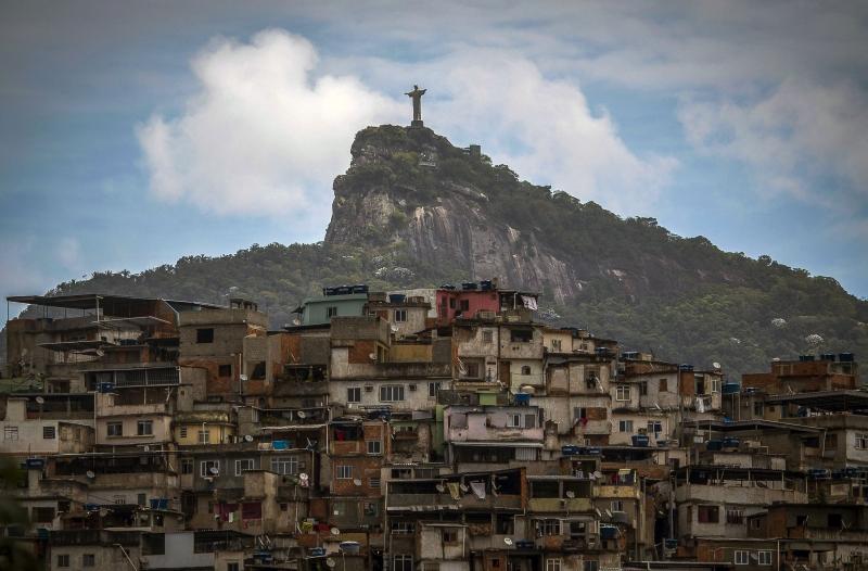 Comunicado aconselha os turistas norte-americanos a não visitarem favelas, entre outros locais