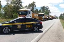 Transformador gigante é transportado por rodovias gaúchas