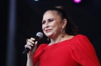 Fafá de Belém interpreta álbum de Luiz Coronel em show na capital gaúcha