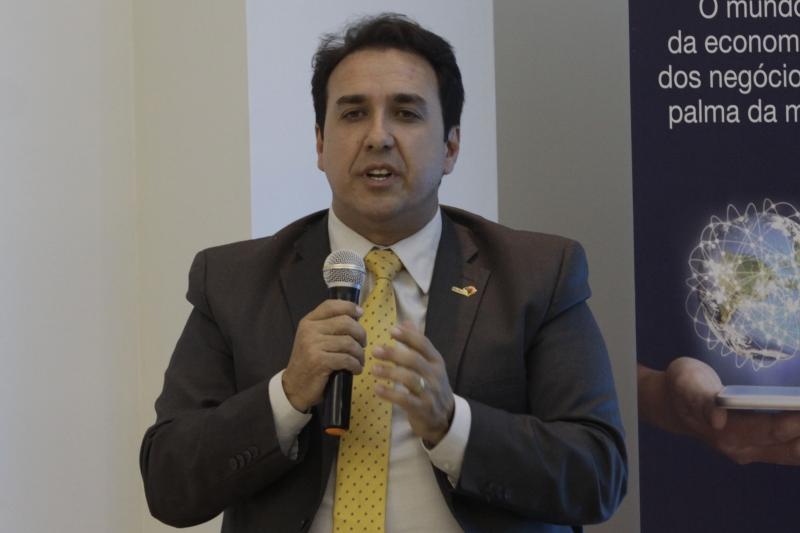 Salmo Dias, presidente da Famurs