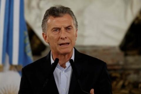 Mauricio Macri pretende poupar 60 milhões de pesos em 2018