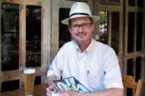 Rubem Penz promove oficina de crônica em  ambiente de happy hour