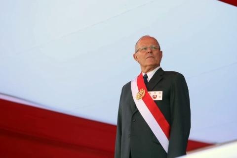 Vices descartam renunciar no Peru