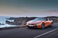 BMW apresenta versão roadster do seu esportivo híbrido