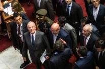 Presidente do Peru defende sua inocência diante do Congresso