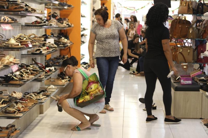 Mercado global de calçados movimenta US$ 365 bilhões ao ano