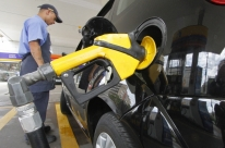 Preços da gasolina e do diesel terão a primeira variação de 2018 na quarta-feira