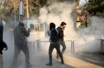 Irã afirma que manifestantes vão 'pagar o preço' e corta rede social