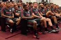 Inter volta aos treinos com cinco reforços e à espera de mais chegadas