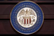 Fed espera manter políticas até meta de inflação ser alcançada