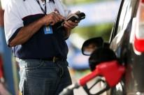 Petrobras anuncia queda de 0,50% no preço da gasolina e alta de 0,20% no diesel