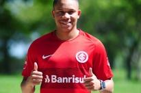 Inter chega a acordo com Fluminense e anuncia contratação de Wellington Silva