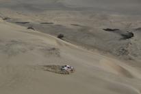 Al-Attiyah vence 3ª etapa e Peterhansel assume ponta do Rally Dakar nos carros