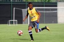 Tricolor encaminha contratação do lateral-direito Madson, ex-Vasco