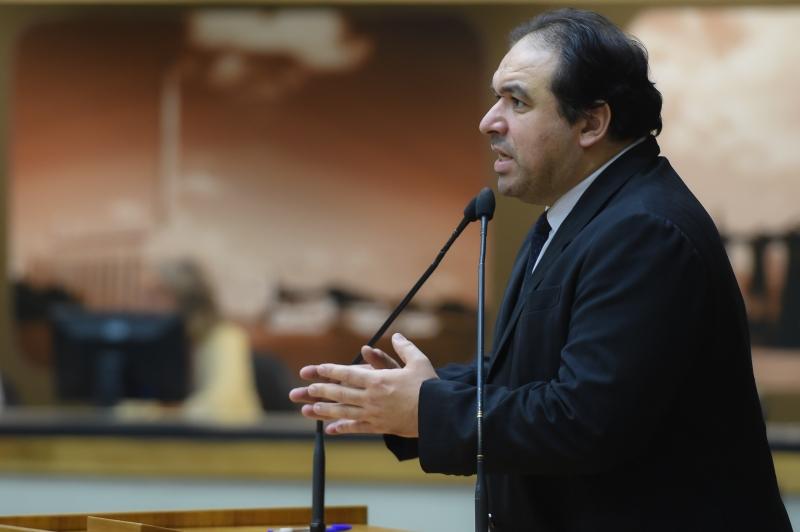 Presidente da comissão, Duarte teme acúmulo e obstrução dos trabalhos