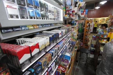 Comissão do Senado aprova proibição de propaganda de cigarros até nos pontos de venda