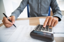 Juro baixo pode ajudar no alívio de dívidas