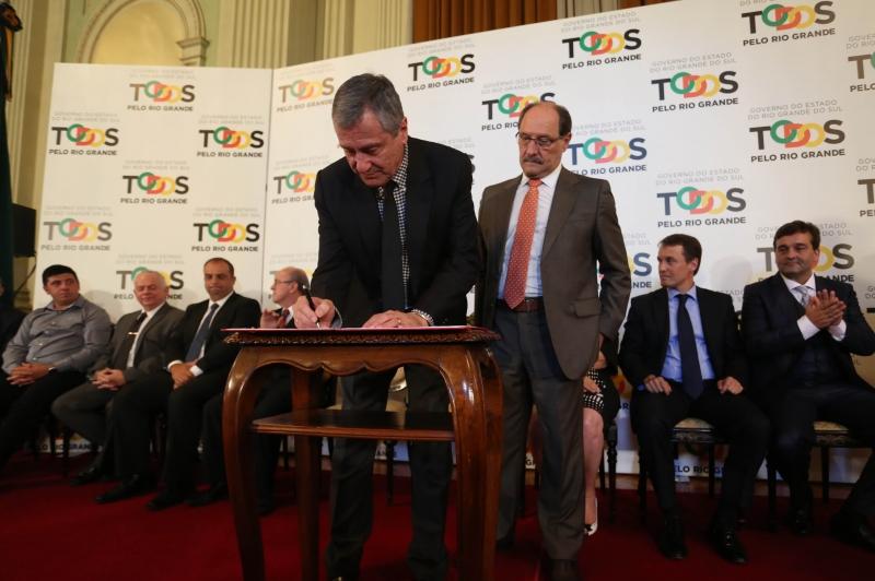Construção de um novo presídio em Charqueadas foi oficializada em cerimônia no Palácio Piratini