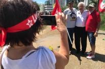 Arlindo Chinaglia diz que candidatura de Lula será registrada 'mesmo com condenação'