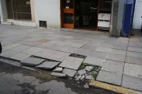 Calçadas e passeios passam por requalificação em Porto Alegre