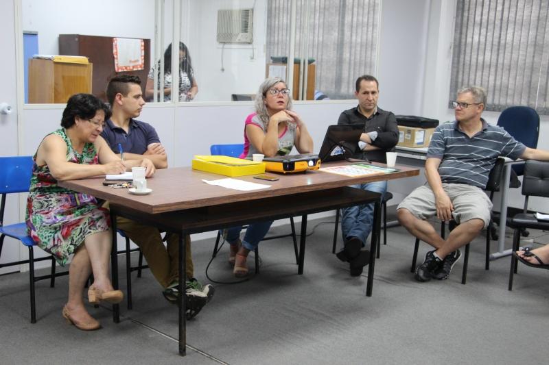 A reunião teve como propósito avaliar o mutirão de limpeza feito no Lago Azul
