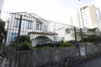 Casas do bairro Petrópolis continuam bloqueadas