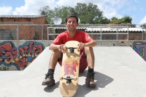 Produção de shapes de skate dá vez ao empreendedorismo na Restinga Velha