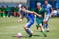 Jael faz dois, e Grêmio fecha pré-temporada com vitória em jogo-treino