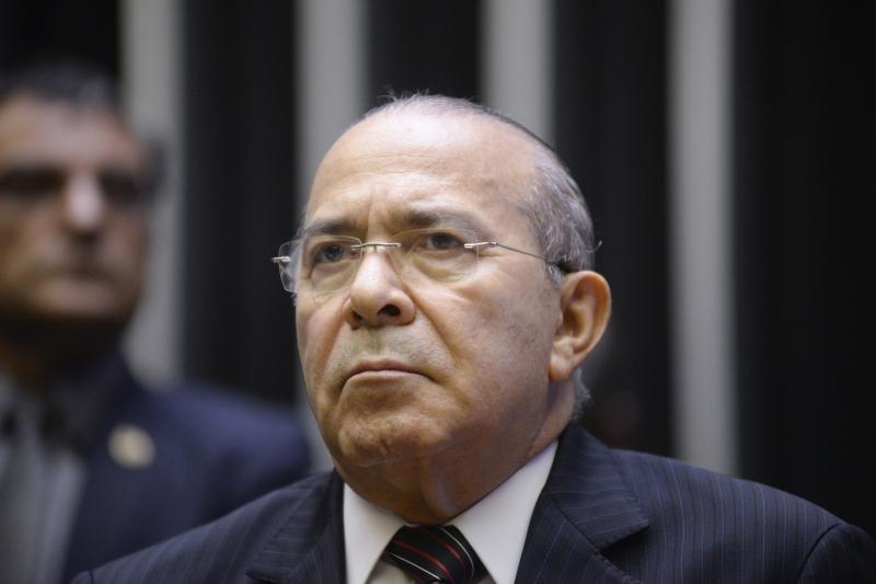 Padilha afirma que o governo insiste em manter a nomeação de Cristiane Brasil porque não quer abrir precedentes
