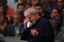 'Eu nem sairia de Curitiba', diz Lula a advogado
