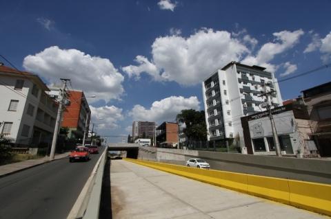 Obras da trincheira da Cristóvão Colombo serão retomadas em Porto Alegre