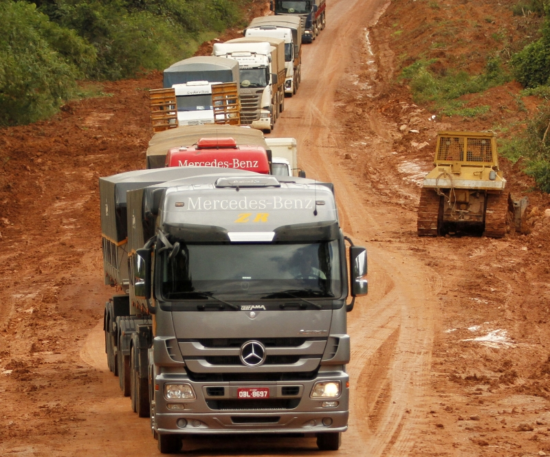 Governo não conseguiu cumprir promessa de entregar pavimentação