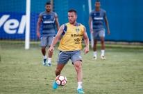 Arthur é relacionado e pode voltar ao Grêmio na quarta; Luan é desfalque